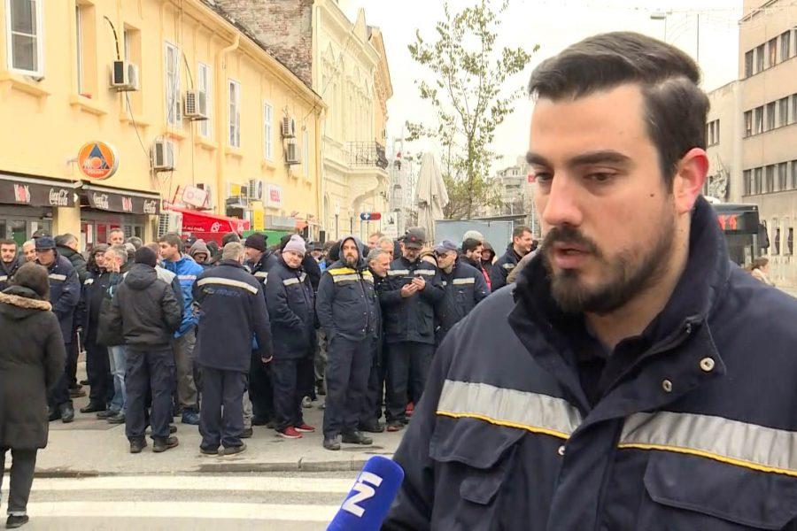 Obustava rada zaposlenih u  JP Pošta Srbije  – borba protiv višedecenijskog uništavanja javnih preduzeća od strane partijsko-kriminalnih struktura